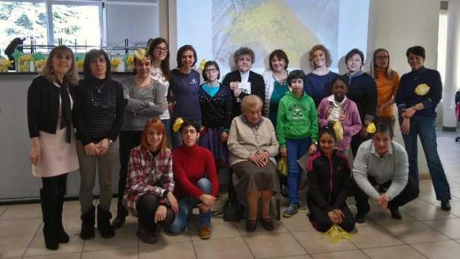 Volontarie e giovanissime