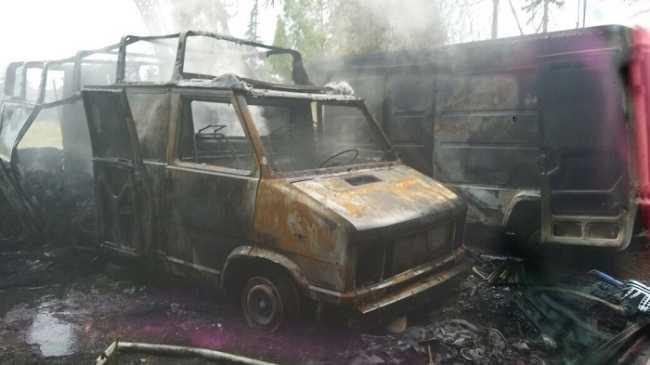vigilidelfuoc furgone bruciato
