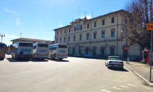 stazione arona esterno